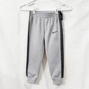 Nike Boys Size 4 Dri Fit Pants